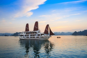 HA LONG BAY-Aclass Stellar Cruise